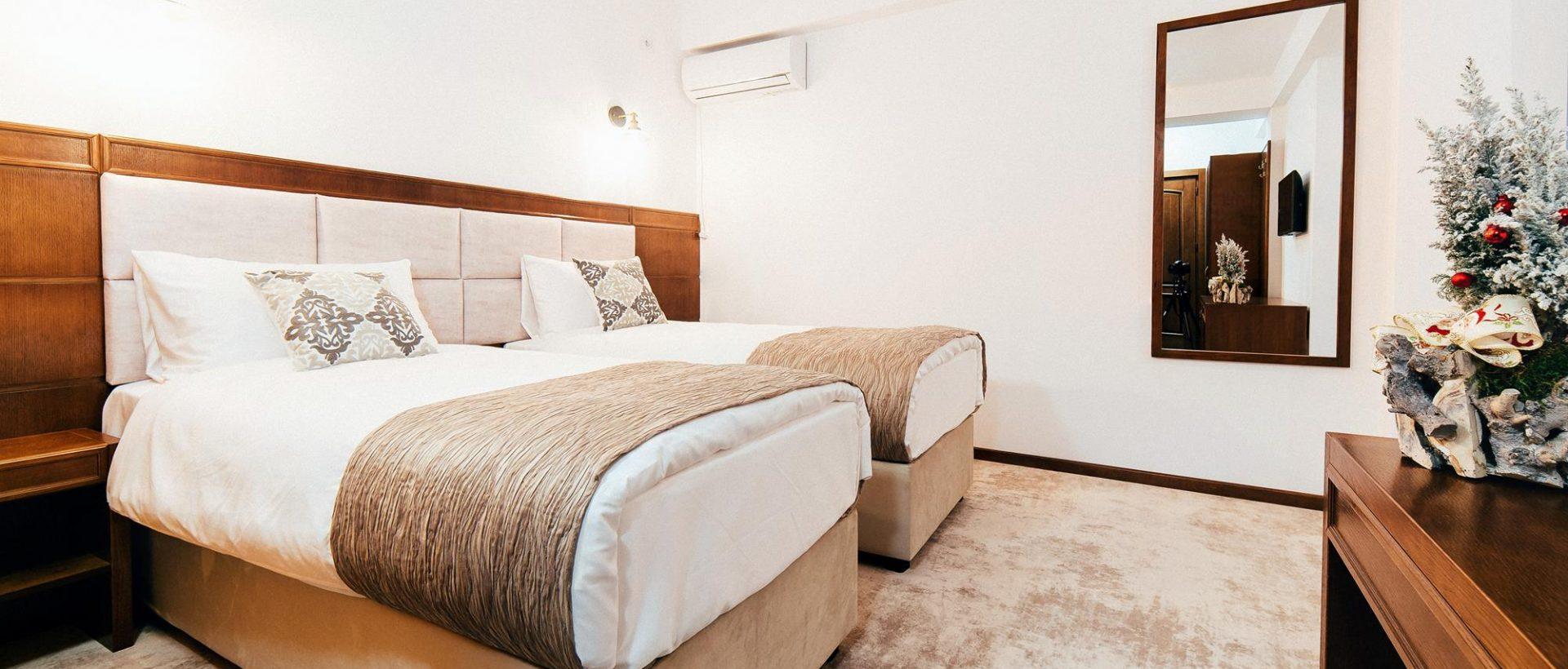Hotel Buchenland - Slide 01