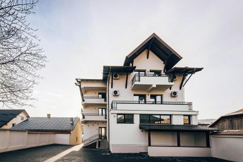 buchenland exterior 03